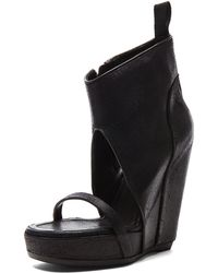 Rick Owens Distressed Leather Wedge Sandals black - Lyst