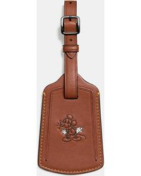 COACH | Mickey Luggage Tag In Glovetanned Leather | Lyst