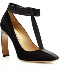 Nicholas Kirkwood Roksanda Ilincic Suede and Patent Leather Maryjane Bow Pumps - Lyst