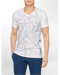 Calvin Klein White Label Performance Slim Fit Triangle Print V-Neck T-Shirt - Lyst