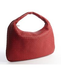 Bottega Veneta Raspberry Intrecciato Leather Veneta Large Hobo - Lyst