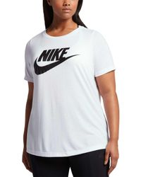 various colors 559a6 556fb Nike - Plus Size Sportswear Essential T-shirt - Lyst