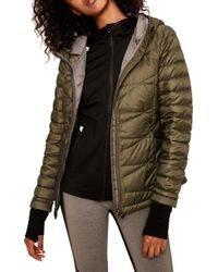 Lolë - Emeline Packable Insulated Jacket - Lyst