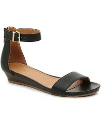 Kenneth Cole Reaction - Great Race Wedge Sandal - Lyst