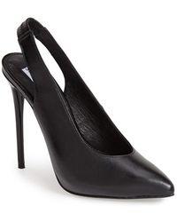 Steve Madden Women'S 'Nici' Leather Slingback Pump - Lyst