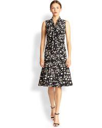 Carolina Herrera Silk Daisy Print Tie-Neck Dress - Lyst