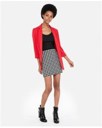 Express - Petite High Waisted Houndstooth Straight Mini Skirt - Lyst