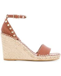 43f144ad93ea Lyst - Valentino Rockstud Double Leather Espadrille Wedge Sandal in Pink