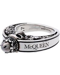 Alexander McQueen - Кольцо С Гравировкой И Декором В Виде Черепа В Короне - Lyst