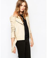 Hide - Rita Side Zip Biker Jacket With Shearling Collar And Chunky Belt - Peach - Lyst