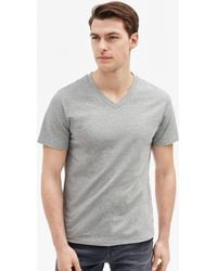Filippa K - Soft Lycra V-neck Tee Light Grey - Lyst