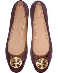 76834155339 Tory Burch - Burgundy Nappa   Patent Leather Chelsea Cap-toe Ballet Flats -  Lyst