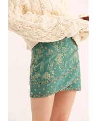 0a57389db3d6 Free People - That s A Wrap Printed Mini Skirt - Lyst