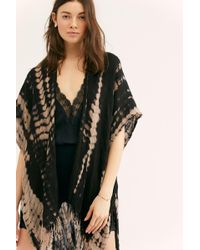 b336298f4 Free People Ever After Fringe Kimono in Black - Lyst