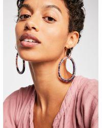 Free People - Marbella Resin Hoop Earrings - Lyst