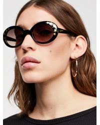 Free People - Outta Sight Star Print Sunglasses - Lyst