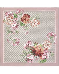 Gucci - Foulard in seta con stampa GG Blooms - Lyst