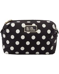 Guess | Weekend Travel Mono Wash Bag | Lyst