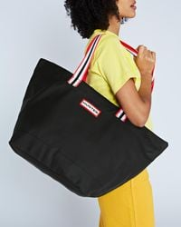 HUNTER - Original Lightweight Rubberised Tote Bag - Lyst