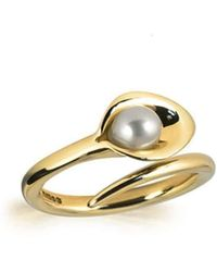 Amanda Cox Jewellery - 9kt Gold Small Lily Pearl Ring - Lyst