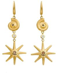 Ayalla Joseph - Star And Shell Earrings Yellow Gold - Lyst