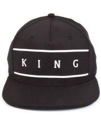 72d031e2e99 KING LONDON - Stepney Pinch Panel Snapback Cap - Black - Lyst
