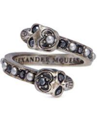 Alexander McQueen - Swarovski Crystal Faux Pearl Double Skull Swirl Ring - Lyst