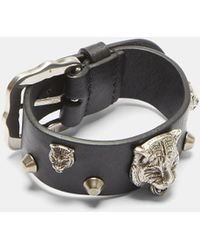Gucci - Feline Studded Leather Buckle Bracelet In Black And Silver - Lyst