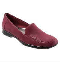 Trotters - Jenn Mini Dot Leather Loafers - Lyst