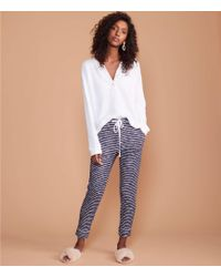 Lou & Grey - Textureline Upstate Sweatpants - Lyst