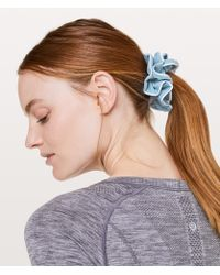 lululemon athletica - Light Locks Scrunchie - Lyst