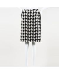 Chanel - Houndstooth Tweed Skirt - Lyst