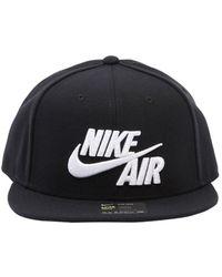 Lyst - Cappelli da donna di Nike a partire da 11 € 581e9c6d10f3