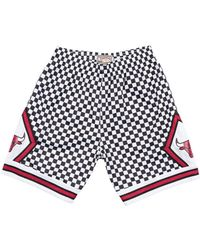 559dc75eeb1 Mitchell   Ness - Chicago Bulls Checkerboard Swingman Shorts - Lyst