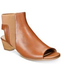 Bella Vita - Parson Sandals - Lyst