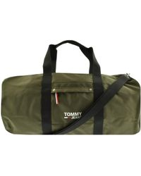 0fc2b6b7ba Tommy Hilfiger Camo Duffle Bag for Men - Lyst