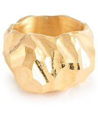 All_blues - Rauk Tall Carved 18kt Gold Vermeil Ring - Lyst