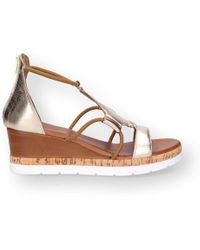 Inuovo - Gold Leather Wedges - Lyst