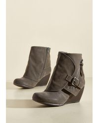 Blowfish Llc - Follow The Fashionista Boot In Pebble - Lyst