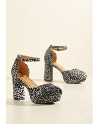 N.y.l.a. - Go With The Stride Heel In Dotted Black - Lyst