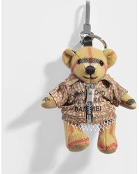 Burberry - Thomas Bear Bambi Shirt Bag Charm In Antique Yellow Vintage Check Cashmere - Lyst