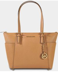MICHAEL Michael Kors - Jet Set Item Ew Top Zipped Tote Bag In Acorn Saffiano Leather - Lyst