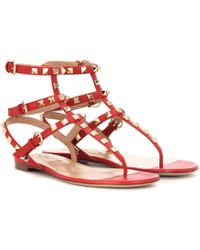 Valentino - Women's Shoes Rockstud Thong Rosso V - Lyst