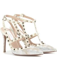 Valentino - Garavani Rockstud Camustars Crystal-embellished Leather Court Shoes - Lyst
