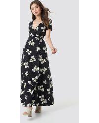 39589d0b10d New Look Black Stripe Twist Front Asymmetric Midi Dress in Black - Lyst
