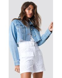 NA-KD - Belted Lace Shorts White - Lyst