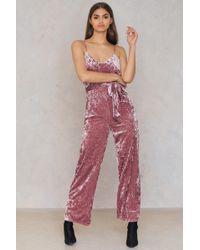 NA-KD - Velvet Thin Strap Jumpsuit Dusty Pink - Lyst