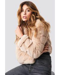 NA-KD - Short Puff Faux Fur Jacket Beige - Lyst
