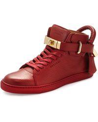 Buscemi Women's Padlock & Key Pebbled Leather Sneaker zv4RruCNP