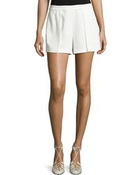 Alice + Olivia - Larissa Single-pleat Shorts - Lyst